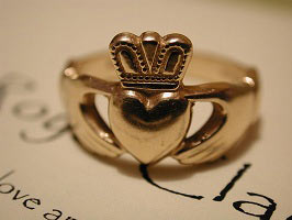 claddagh-gold-ring.jpg